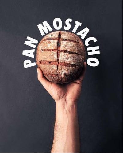 Pan-mostacho