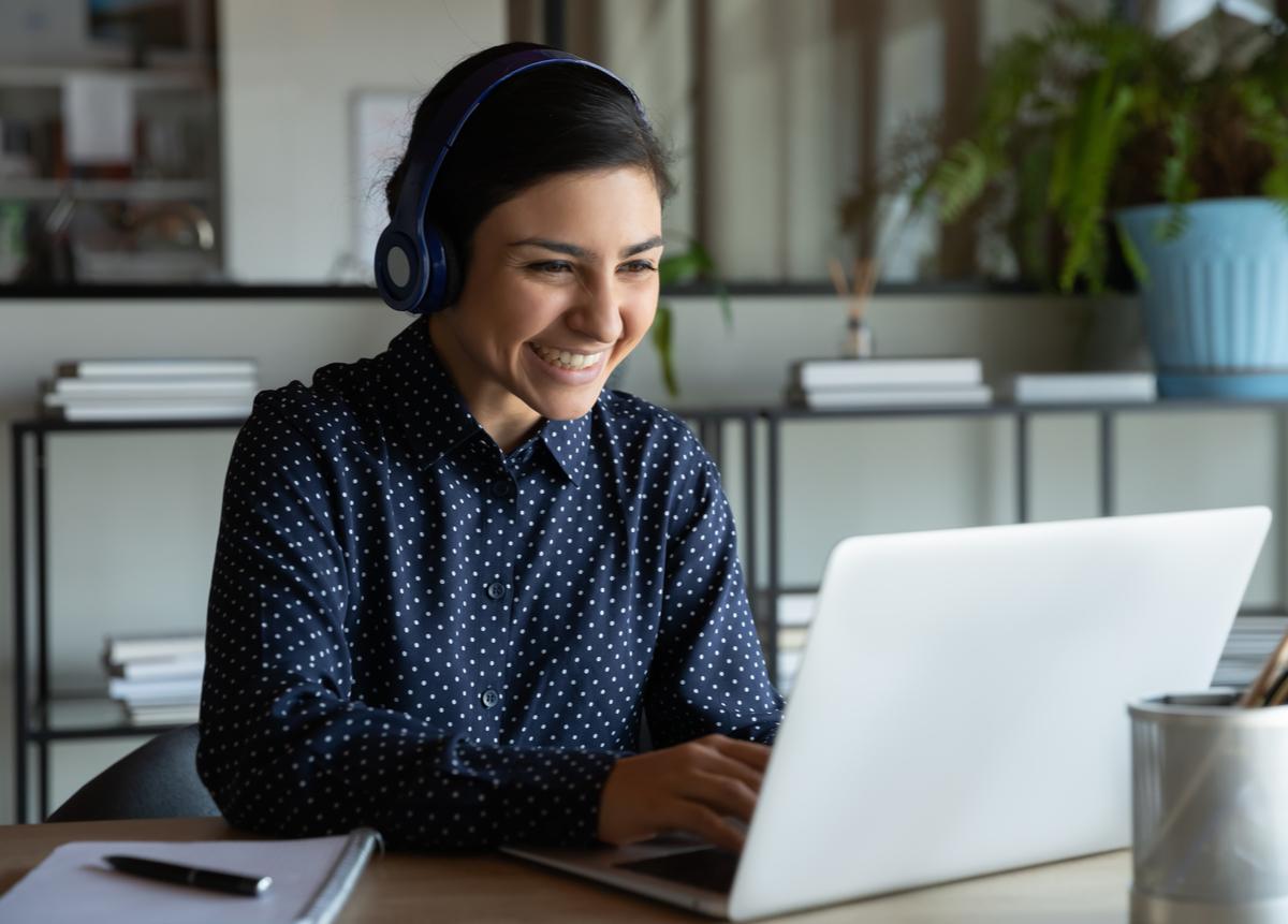 Mejora tus opciones laborales estudiando inglés online