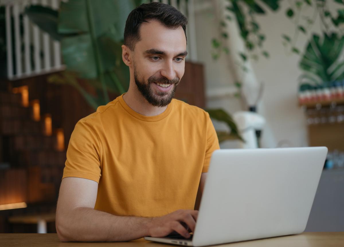 Conoce los 5 beneficios de estudiar inglés online