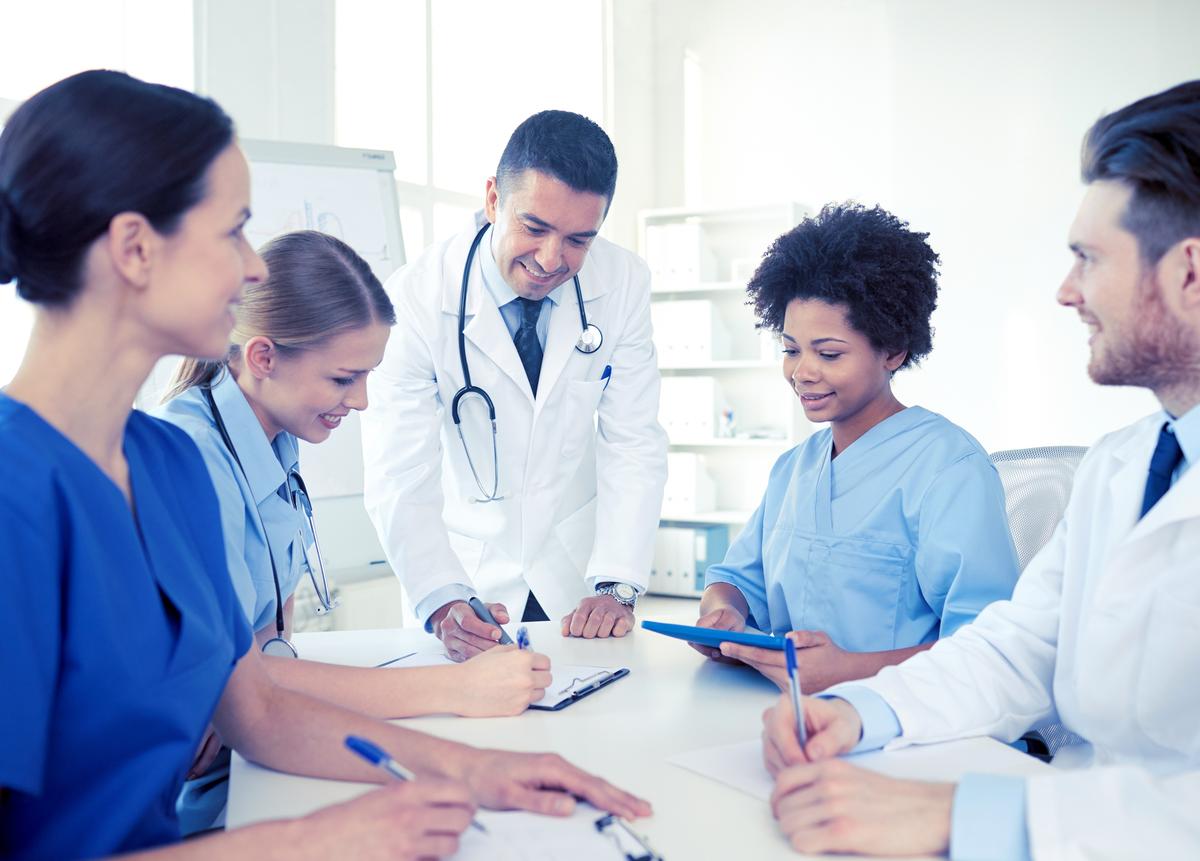 ¿Cómo asignar recursos en salud? Capacítate y genera una buena estrategia en el área