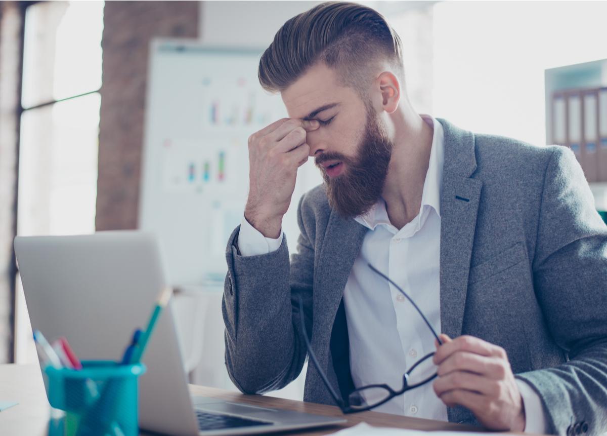 Adquiere las herramientas para prevenir el estrés laboral