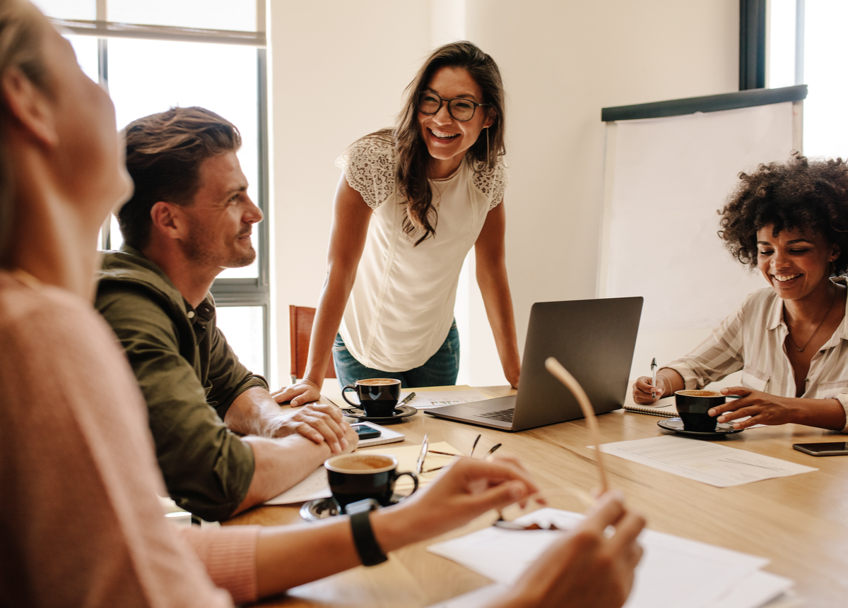 Conoce las 3 etapas claves para una evaluación de desempeño exitosa