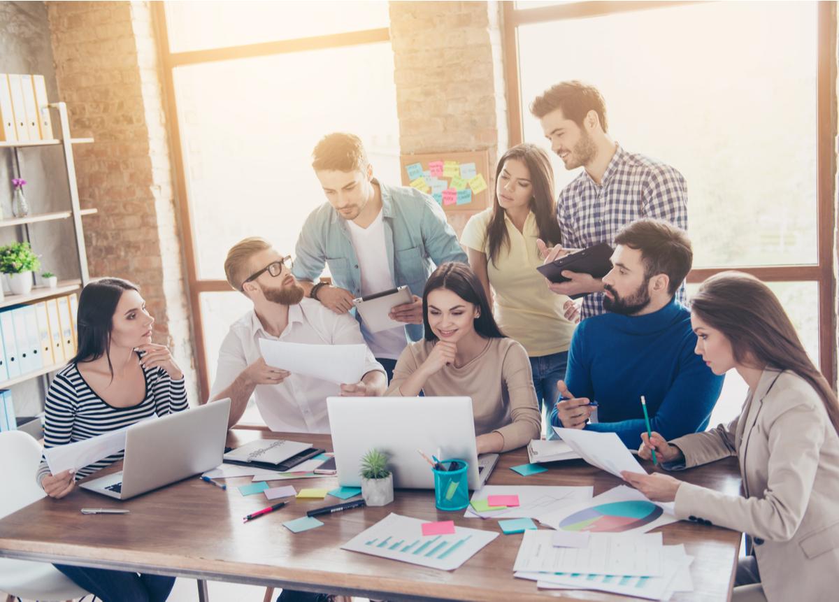Capacítate y descubre cómo crear equipos que funcionen