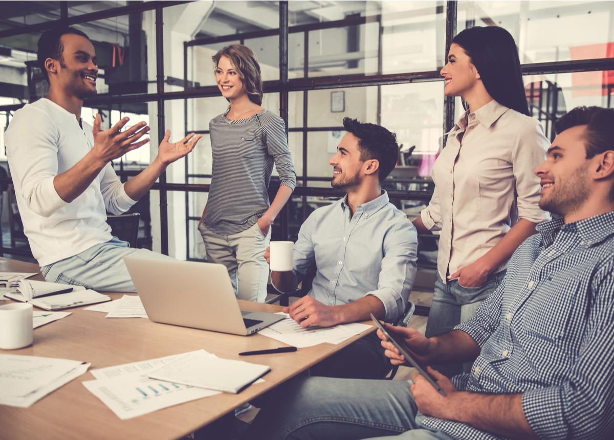 Cuáles son las características del trabajo en equipo?